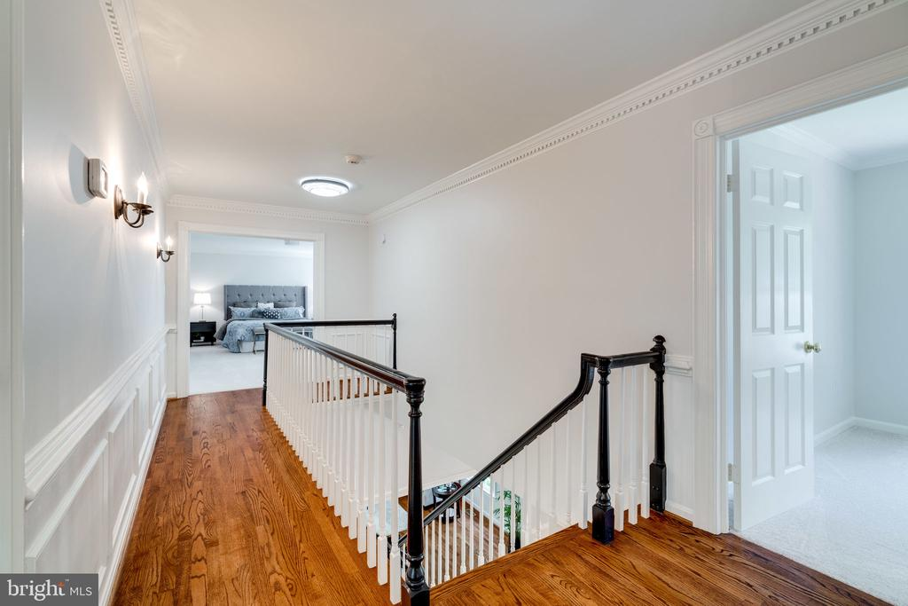 New hardwoods in upper hallway - 11112 HAMPTON RD, FAIRFAX STATION