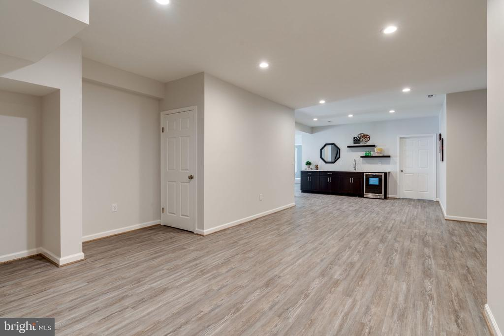 One area for hobbies/exercise - 11112 HAMPTON RD, FAIRFAX STATION