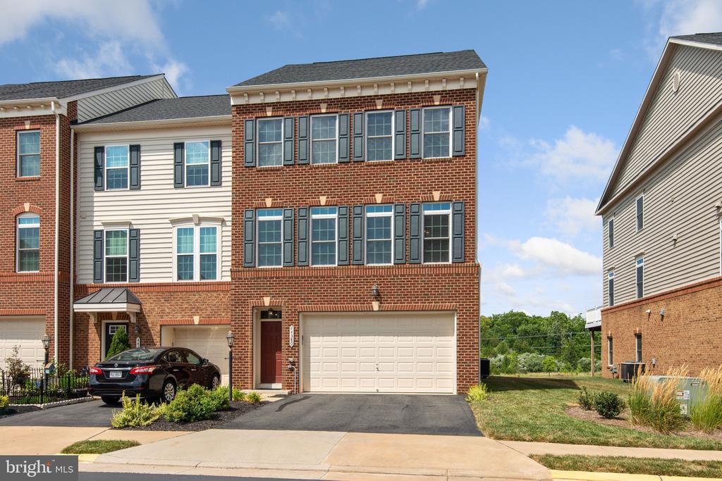 Welcome to Stonegate! - 44380 FOXTHOM TER, ASHBURN