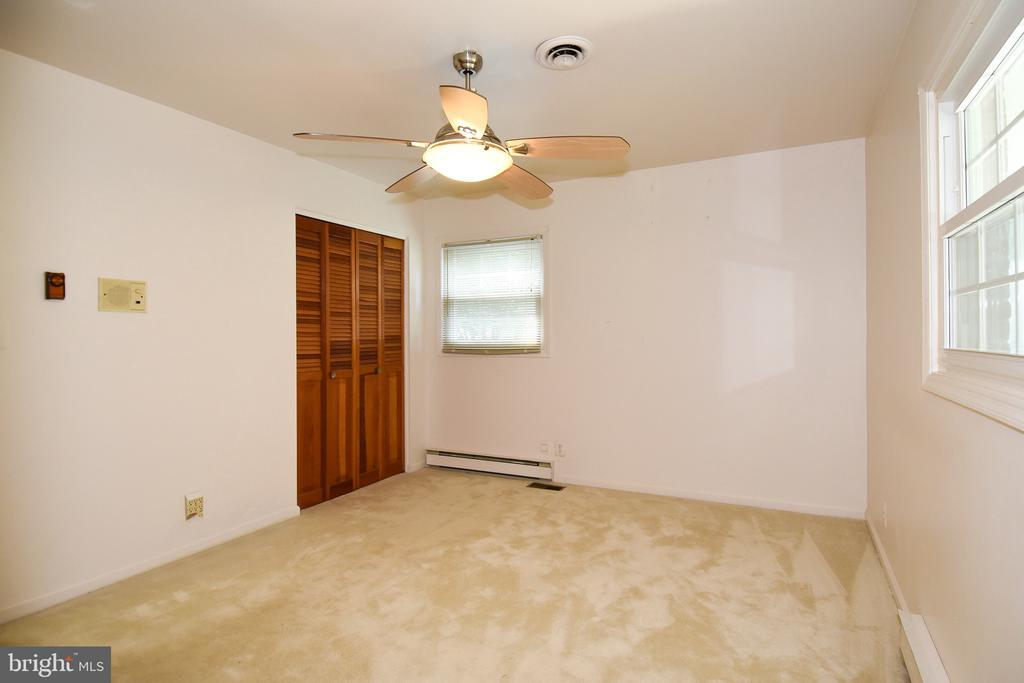 Master Bedroom - 222 OLDE CONCORD RD, STAFFORD