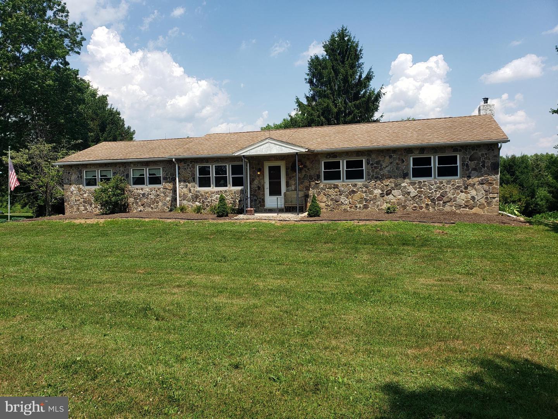 Single Family Homes vì Bán tại Spring City, Pennsylvania 19475 Hoa Kỳ
