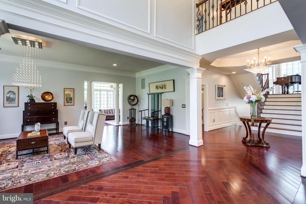 View to Living Room from Grand Foyer. - 2508 COULTER LN, OAKTON