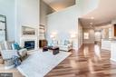 Gleaming Brazilian Cherry floors throughout - 18382 FAIRWAY OAKS SQ, LEESBURG