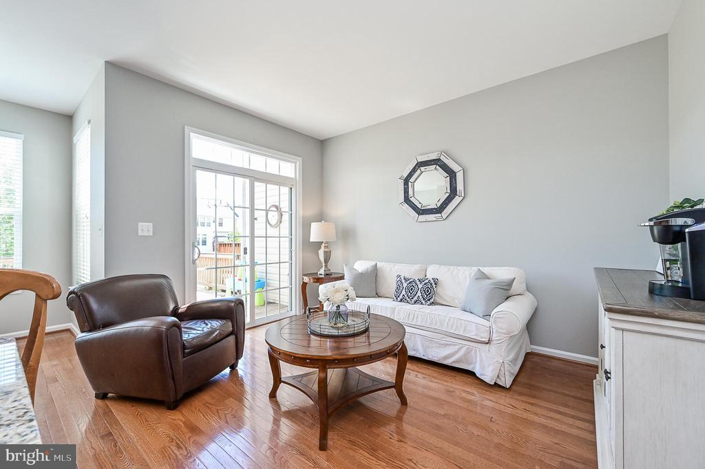 Great space to sip your morning coffee! - 42297 DEMARCO TER, CHANTILLY
