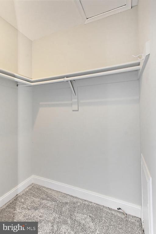 Master BR Walk-in Closet - 4923 TIBBITT LN, BURKE