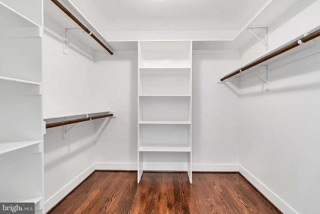 Primary Walk-in Closet(Similar sold Home) - 1849 WARE RD, FALLS CHURCH
