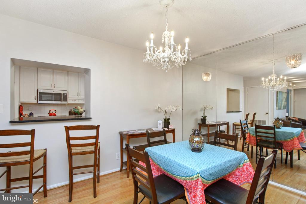Pass-thru to kitchen added with renovation - 5902 MOUNT EAGLE DR #609, ALEXANDRIA