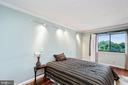 Main bedroom suite w/ 2 closets - 5902 MOUNT EAGLE DR #609, ALEXANDRIA