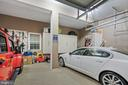 Spacious 2 Car Garage - 42050 MIDDLEHAM CT, ASHBURN