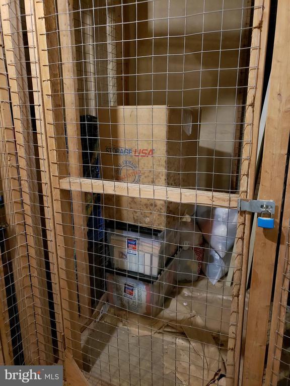 Locked storage at garage level - 5902 MOUNT EAGLE DR #609, ALEXANDRIA