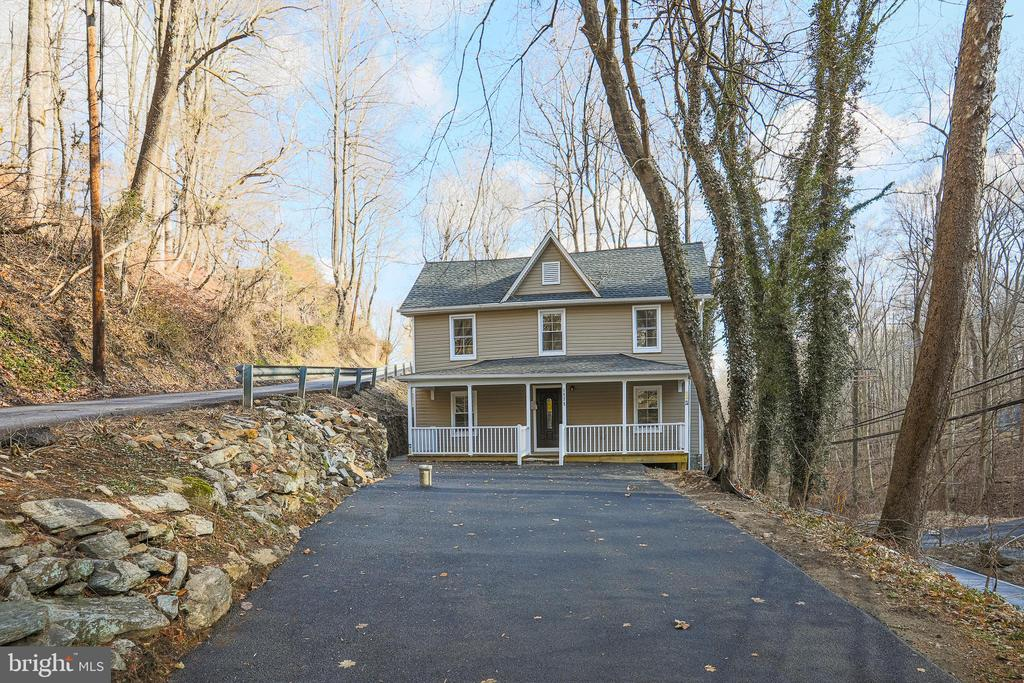 Newly Paved Driveway - 1575 GROOMS LN, WOODSTOCK