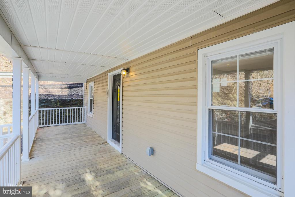 All new siding, windows and roof - 1575 GROOMS LN, WOODSTOCK