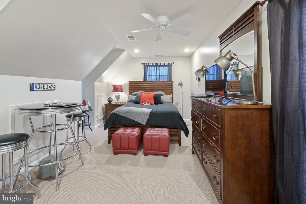 Bedroom - 42050 MIDDLEHAM CT, ASHBURN