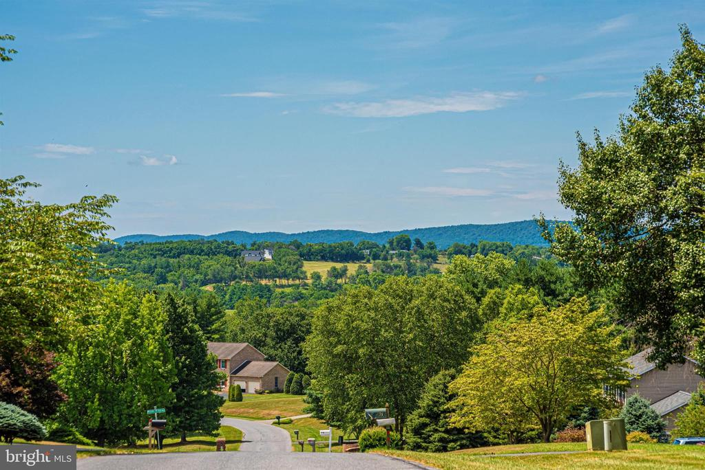 Amazing view of the Middletown Valley - 7917 W BROOKRIDGE DR, MIDDLETOWN