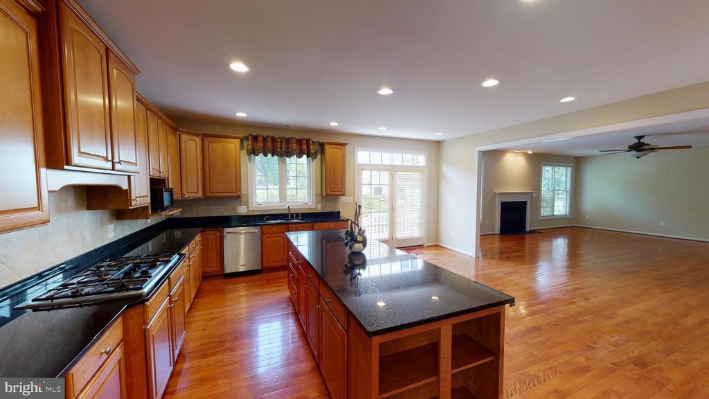 Kitchen - 1410 MACFREE CT, ODENTON