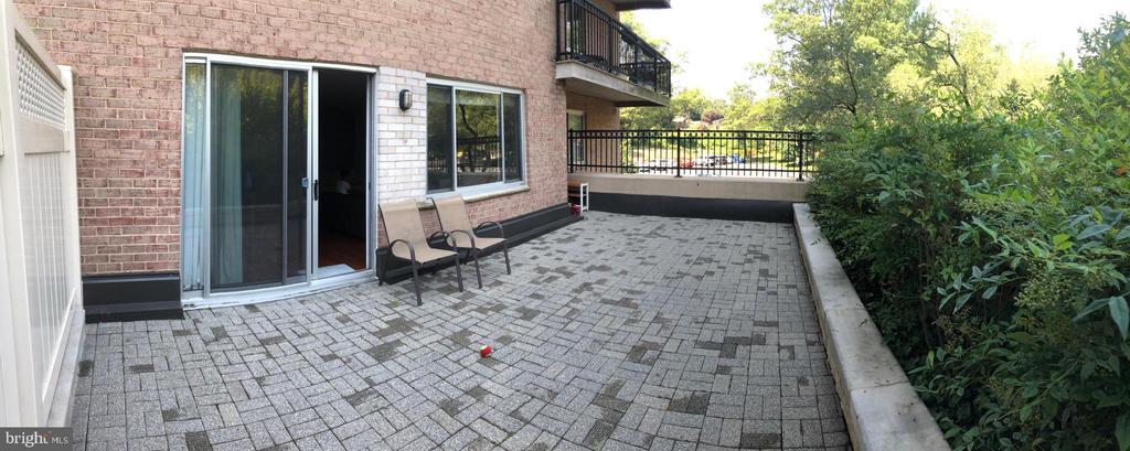 Huge patio. - 1900 LYTTONSVILLE RD #306, SILVER SPRING