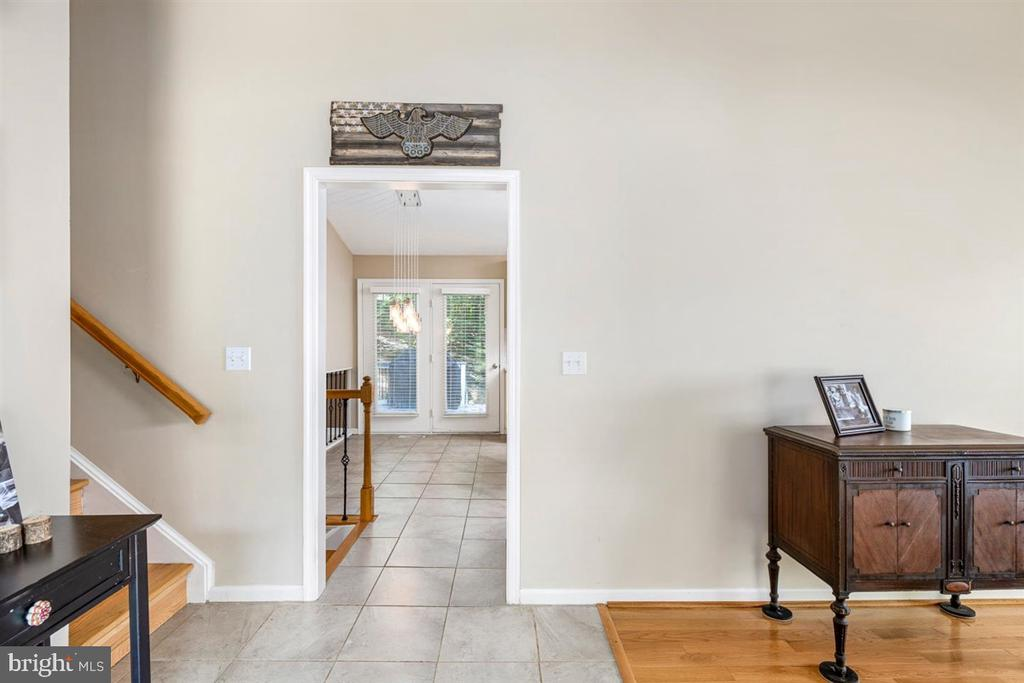 TILED FOYER , ENTRY TO REAR DECK VIEW - 1007 JOHN PAUL JONES DR, STAFFORD