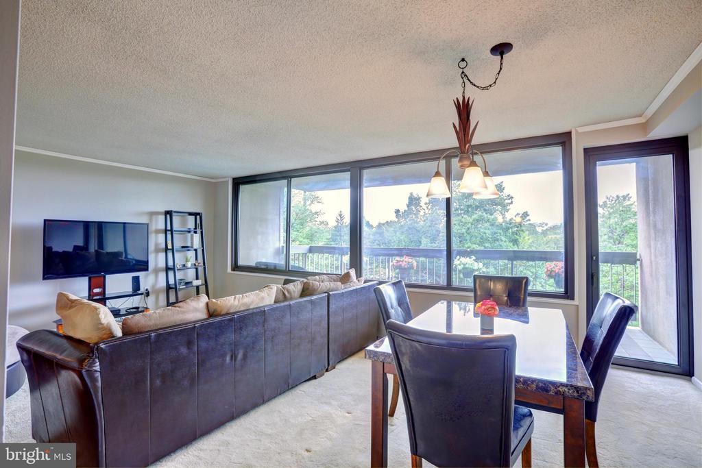 Living room/dining room - 3701 S GEORGE MASON DR #409N, FALLS CHURCH