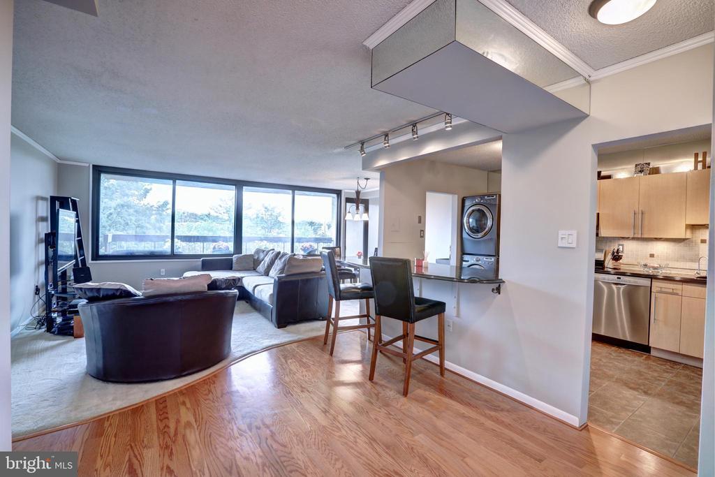 Open living room/kitchen - 3701 S GEORGE MASON DR #409N, FALLS CHURCH