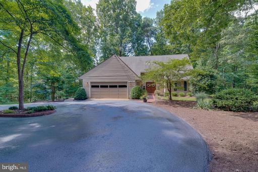 9 TWIN SPRINGS DR