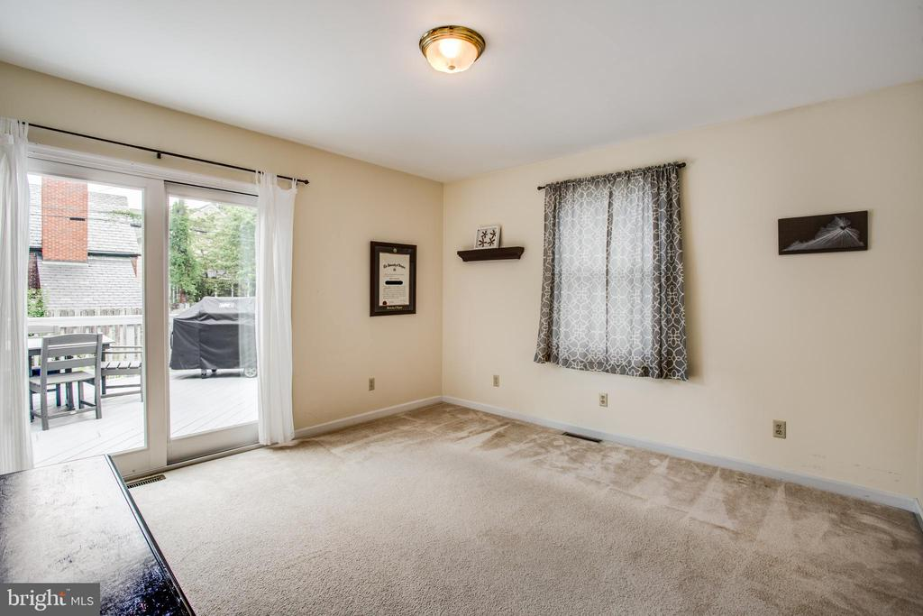 Main level bedroom - 809 MORTIMER AVE, FREDERICKSBURG