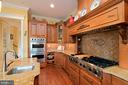all viking appliances - 11215 KINSALE CT, ELLICOTT CITY