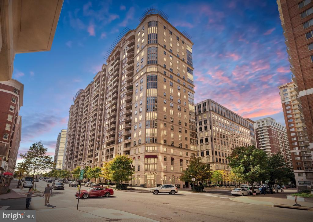 Stunning architecture and award winning design - 888 N QUINCY ST #1506, ARLINGTON