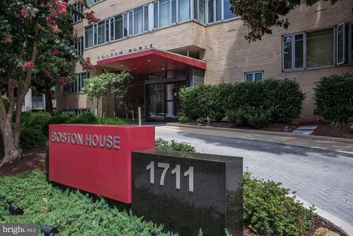 1711 MASSACHUSETTS AVE NW #214