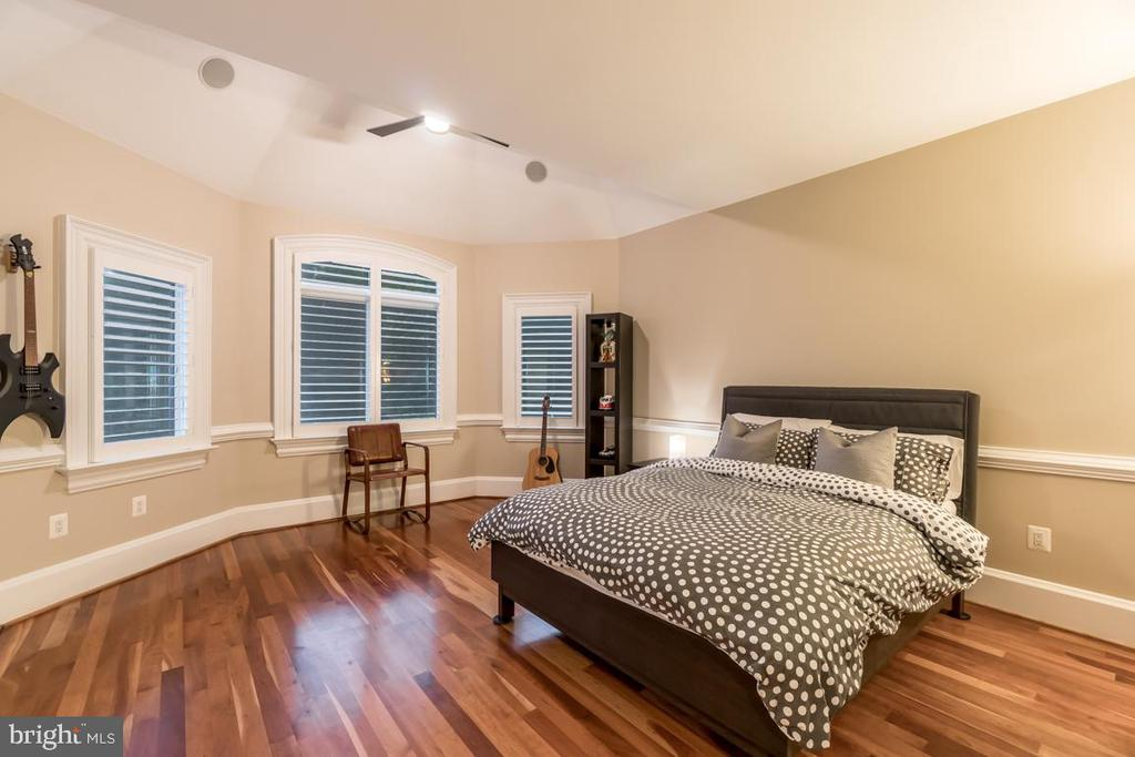 Upstairs Bedroom #2 - 15330 RIDING CLUB DR, HAYMARKET