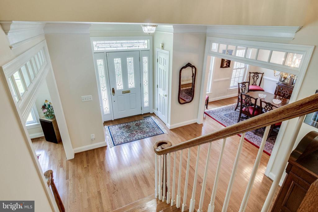 View of Foyer from  second level - 3720 SPICEWOOD DR, ANNANDALE