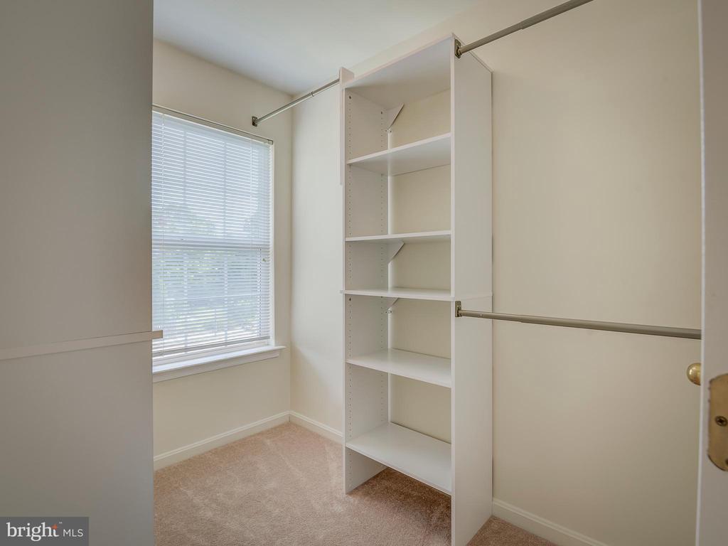 Master Bedroom Walk-In Closet - 103 ENGLISH CT SW, LEESBURG