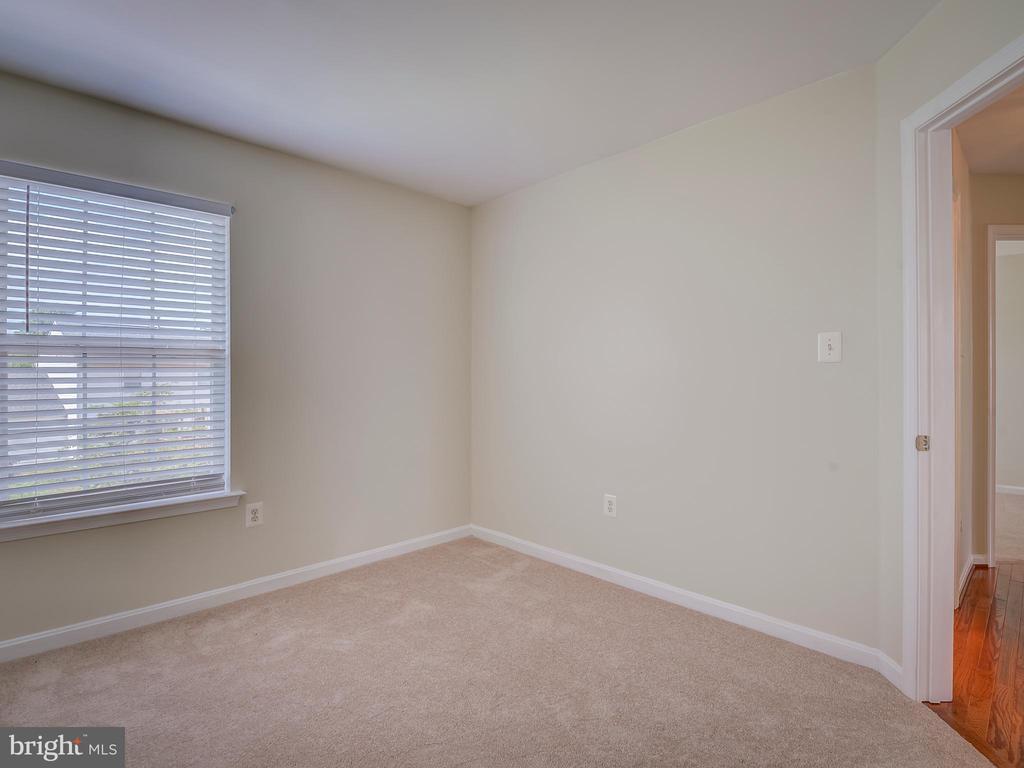 Second Bedroom - 103 ENGLISH CT SW, LEESBURG