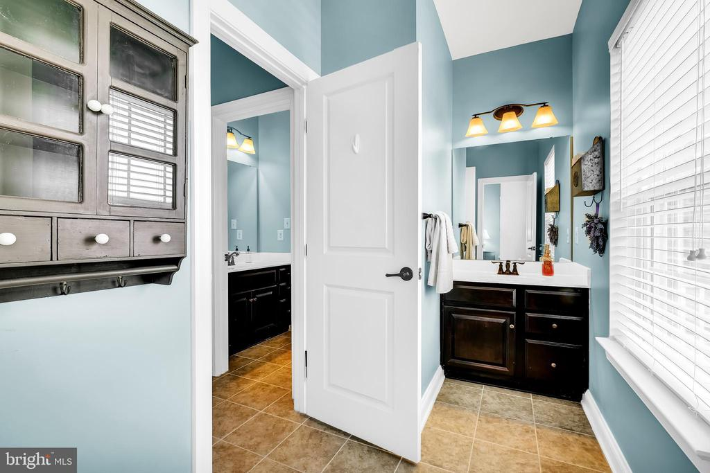 Bathroom - 18348 CHELSEA KNOLLS DR, MOUNT AIRY