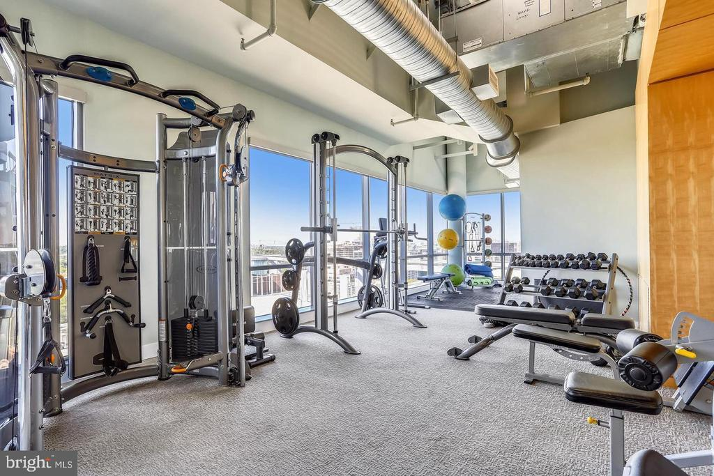 Gym  has  natural light - 2001 15TH ST N #203, ARLINGTON