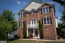 - 5100 VILLAGE FOUNTAIN PL, CENTREVILLE