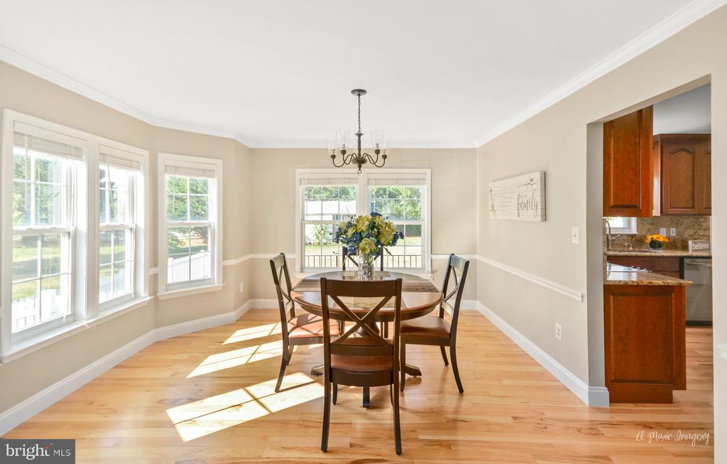 Bright Dining Room with bow windows - 62 PLEASANT ACRES DR, THURMONT