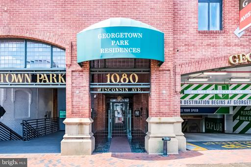1080 WISCONSIN AVE NW #102