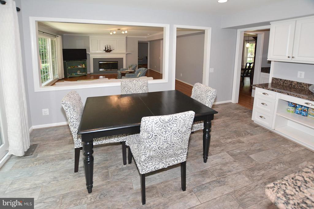 View from kitchen and large desk area - 20418 ROSEMALLOW CT, STERLING