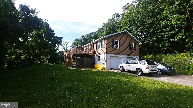 Duplex Homes için Satış at Hellam, Pennsylvania 17406 Amerika Birleşik Devletleri