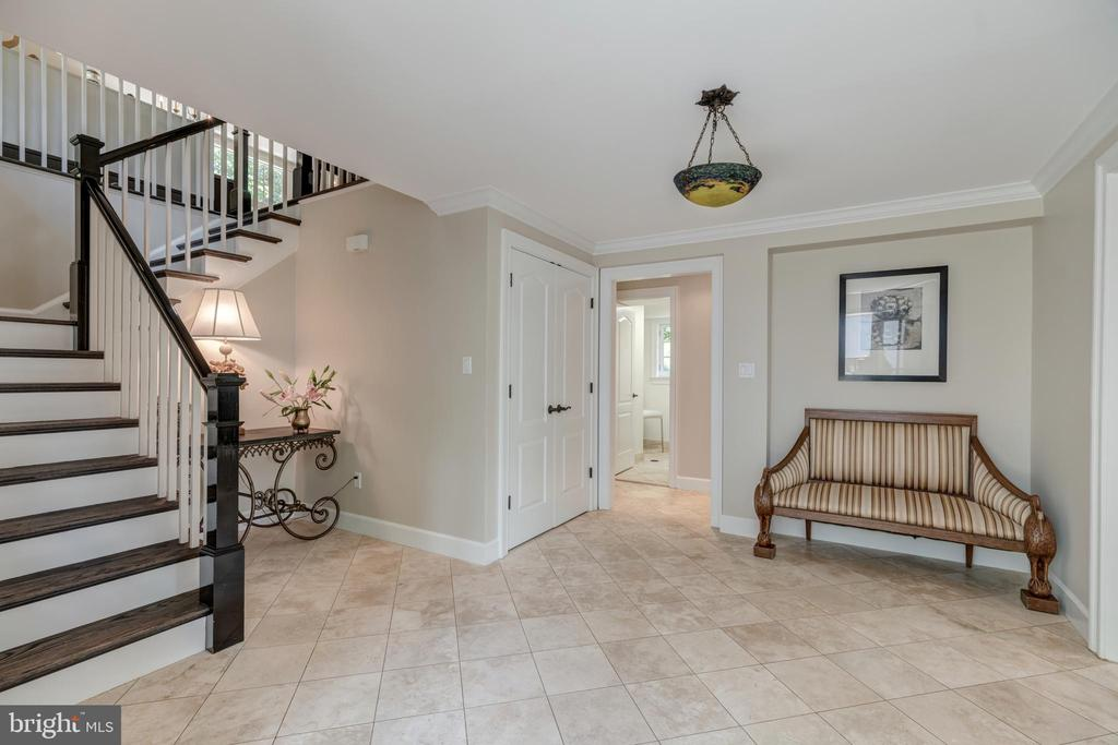 Inviting Entryway - 3629 ALBEMARLE ST NW, WASHINGTON