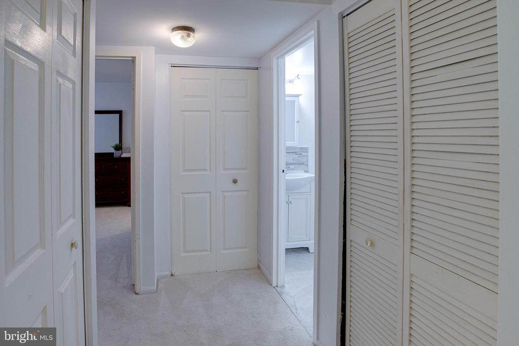 Ample closets for storage. - 9802 KINGSBRIDGE DR #001, FAIRFAX
