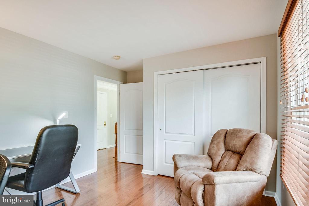Bedroom Three - 25973 STINGER DR, CHANTILLY
