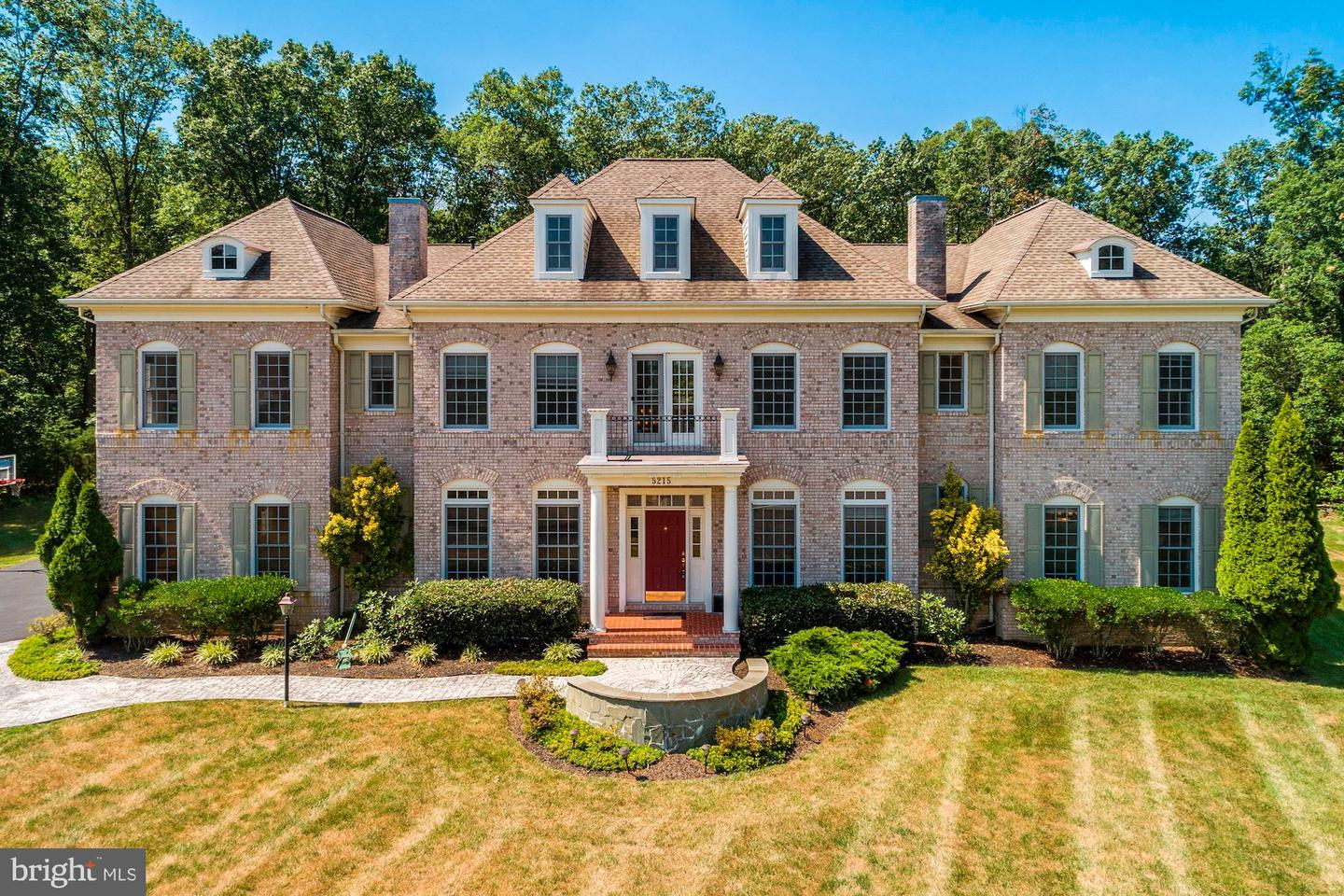 Single Family Homes for Sale at Centreville, Virginia 20120 United States