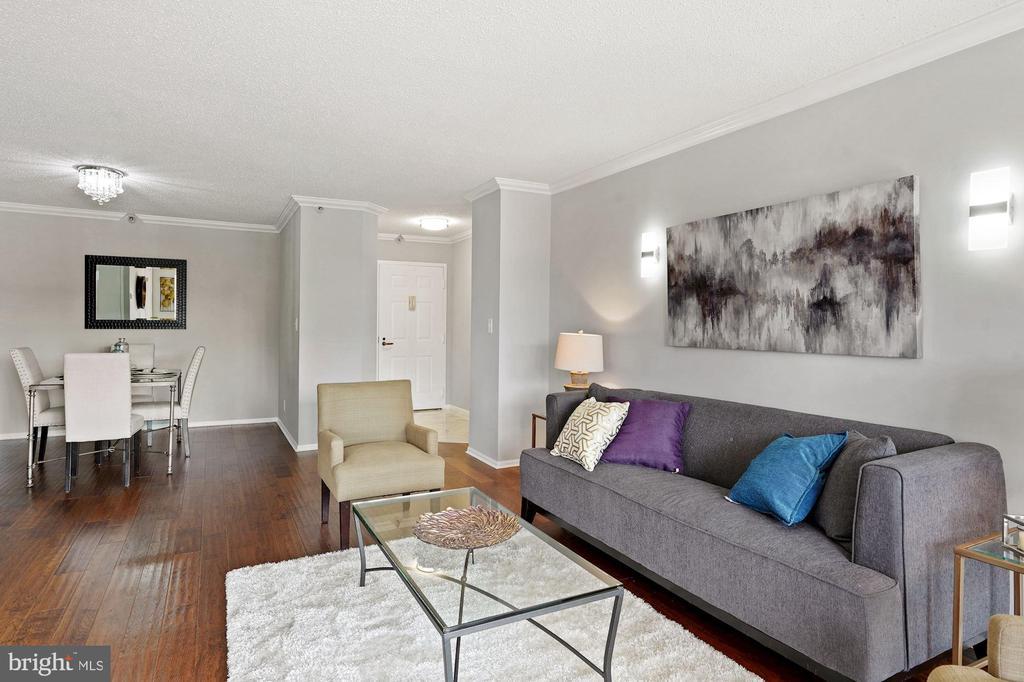 Separate living & dining areas - 1600 N OAK ST #1716, ARLINGTON