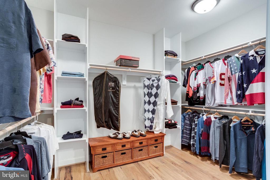 Master Closet #2 - 41820 RESERVOIR RD, LEESBURG
