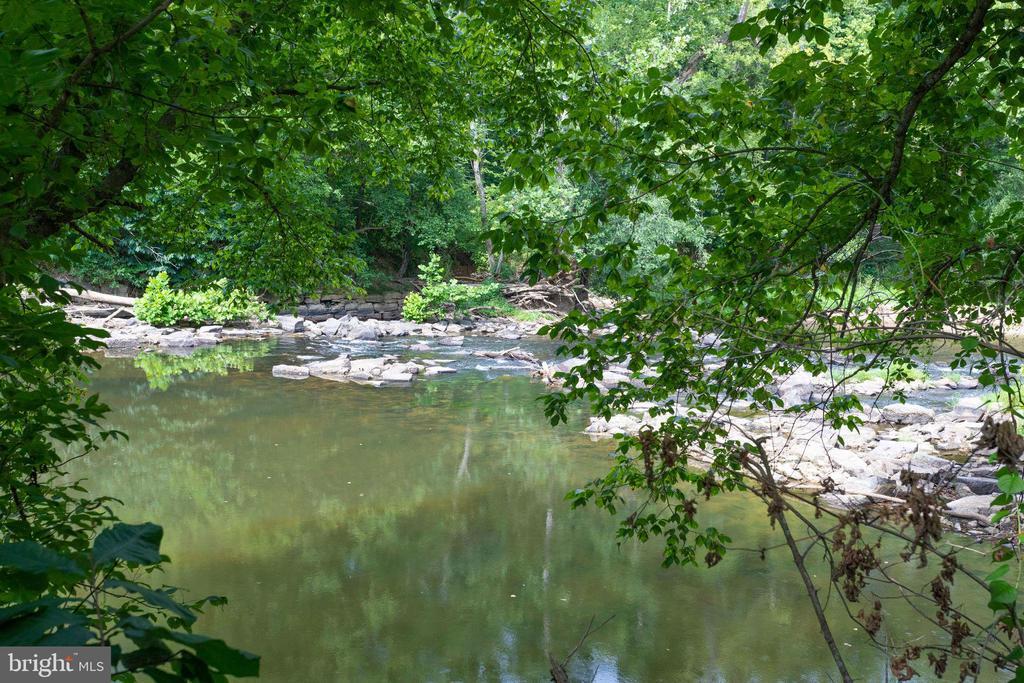 Goose Creek - 41820 RESERVOIR RD, LEESBURG