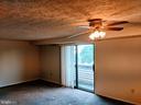 Living room / dining area w/ ceiling fan - 995-J HEATHER RIDGE DR #4J, FREDERICK