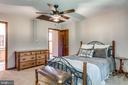 Bedroom 3 Princess Suite with Full Bathroom - 1676 LOUDOUN DR, HAYMARKET