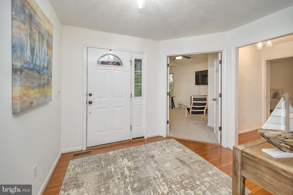 Wood Foyer with a view into BedRm3 office - 111 SILVER SPRING DR, LOCUST GROVE