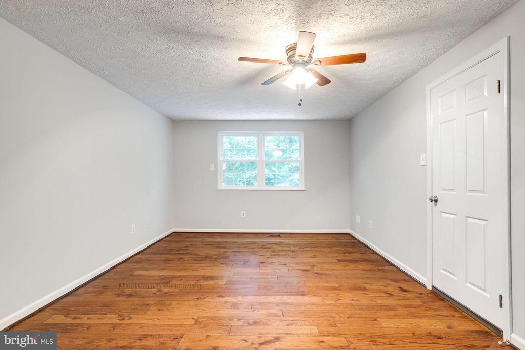 Master Bedroom - 8848 CREEKSIDE WAY, SPRINGFIELD
